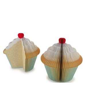 Cute gift exchange ideas for Co-workers - Memo Pad Cupcake