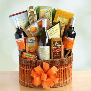 Wine gift basket makes perfect housewarming gift idea