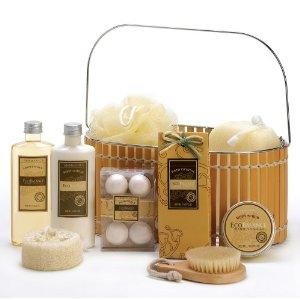2014 Pampering Holiday Gift Ideas for Mom